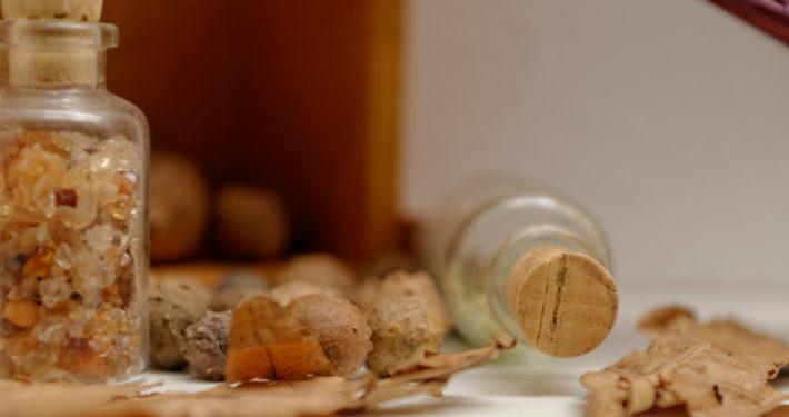 Behältnisse und Blätter im SiegfriedMuseum Xanten