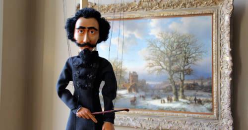 Marionette vor Gemälde